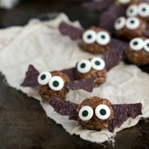 8 Healthy Halloween Treats You'll Want to Make